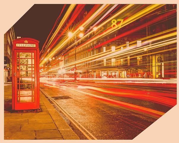 angielska budka telefoniczna — długi czas naświetlania